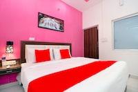 OYO 40036 Hotel Royal Inn Saver