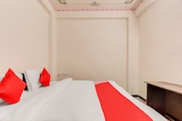 OYO Flagship 40047 Hotel Achrol Haveli