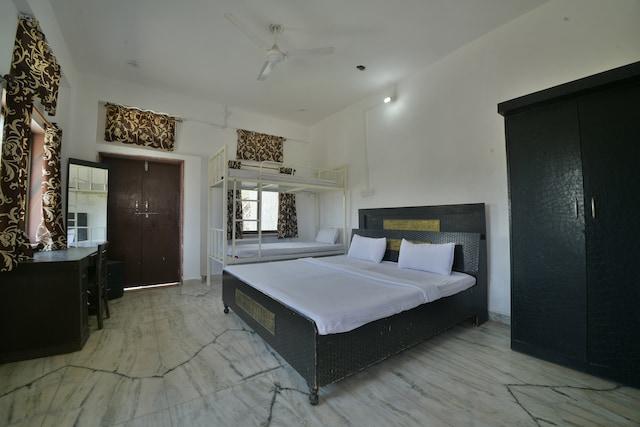 SPOT ON 40056 Anjali Palace SPOT