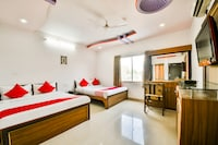 OYO 40059 Hotel Basant Residency Deluxe