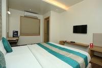 Capital O 3774 Hotel Naman Palace