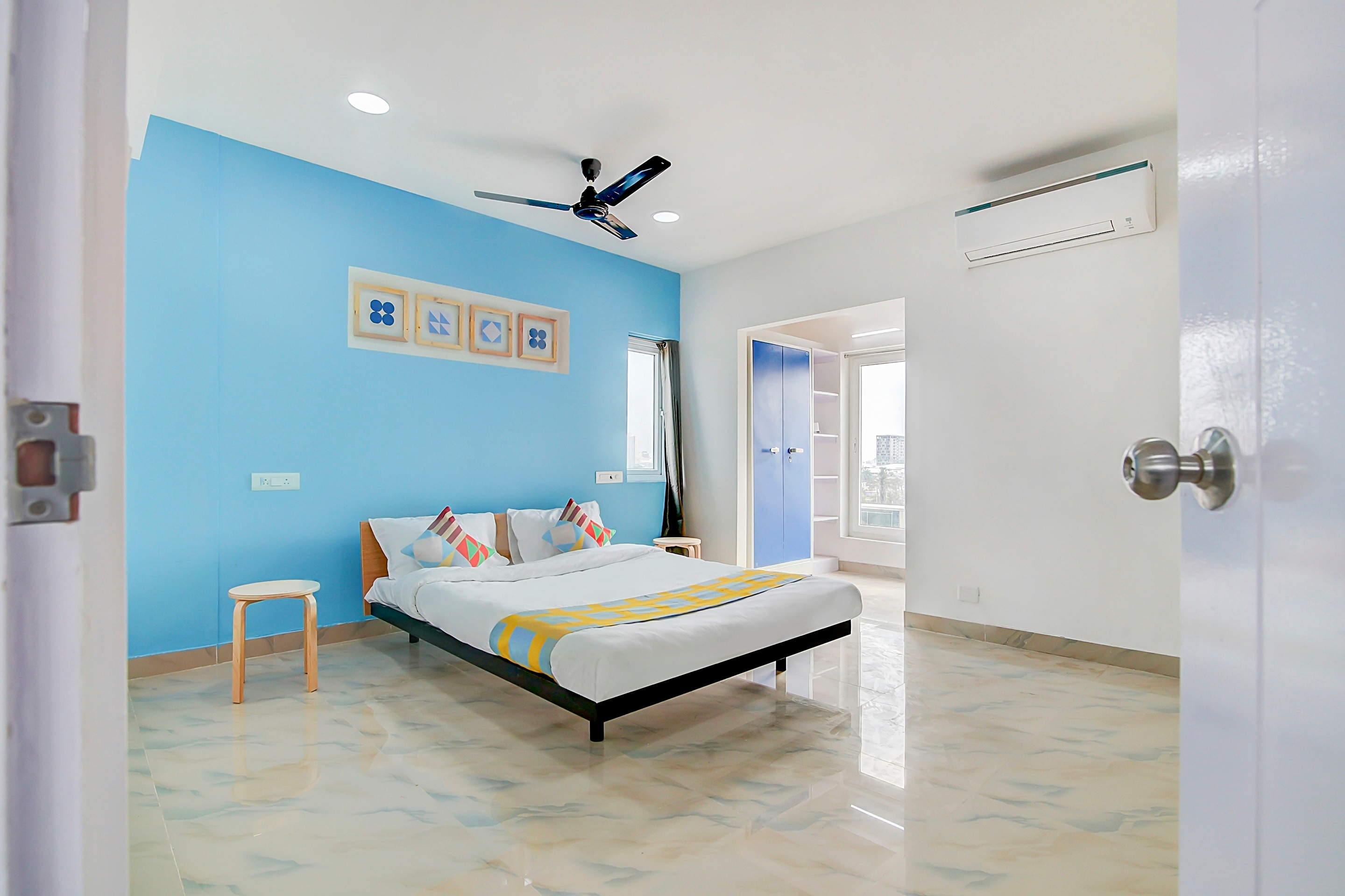 Hotels near Potheri, Chennai with Living Area Starting