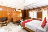 OYO 3778 Hotel Pulkeshi