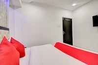 OYO 40157 Swagatham Residency