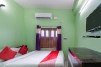 OYO 40177 Hotel Taj International Saver