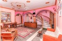 OYO 40194 Hotel Rose Inn