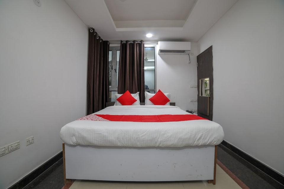 OYO 40205 Silver Apartments, Manish Nagar Besa, Nagpur