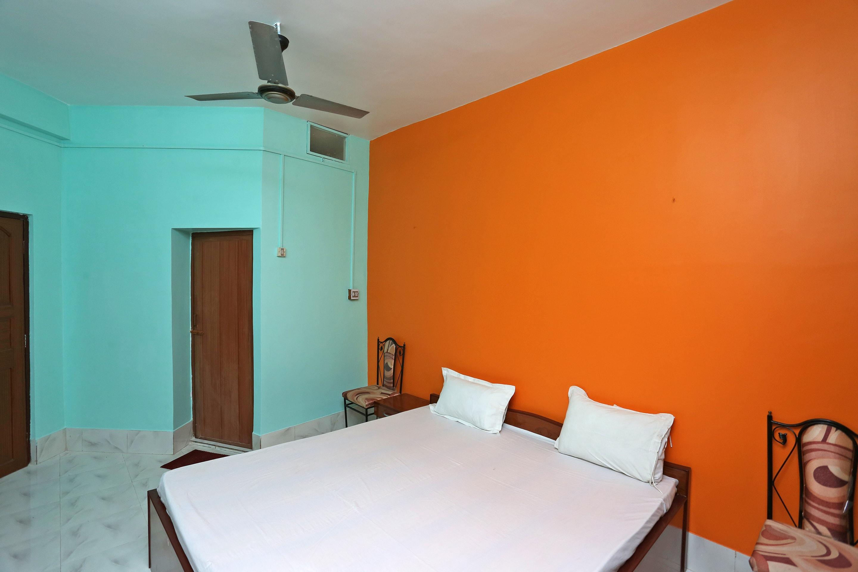 SPOT ON 40262 Hotel Oliviass