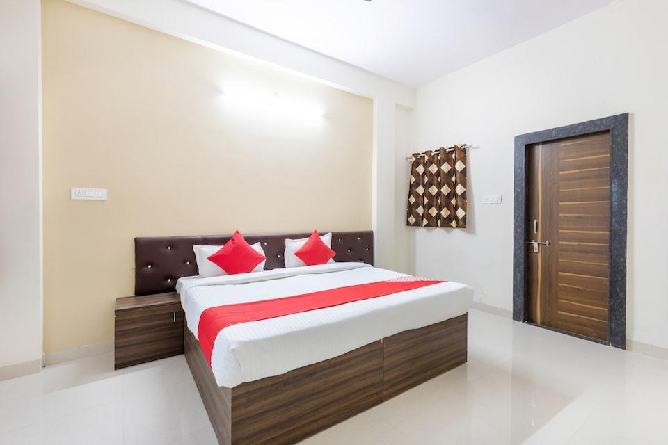OYO 40281 Hotel Krishna's Residency