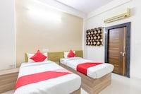 OYO 40281 Hotel Nic