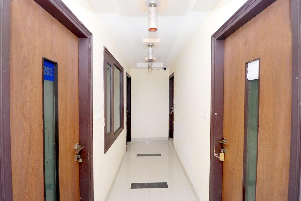 OYO 40329 Hotel Alaknanda