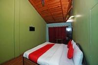 OYO 40435 Hotel Jai Golu Dev