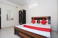 OYO 40446 Yas Residency