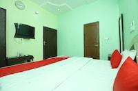 OYO 40458 Hotel Deep Palace