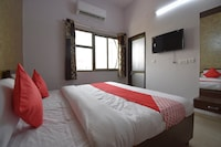 OYO 40466 Hotel Moon Mafia