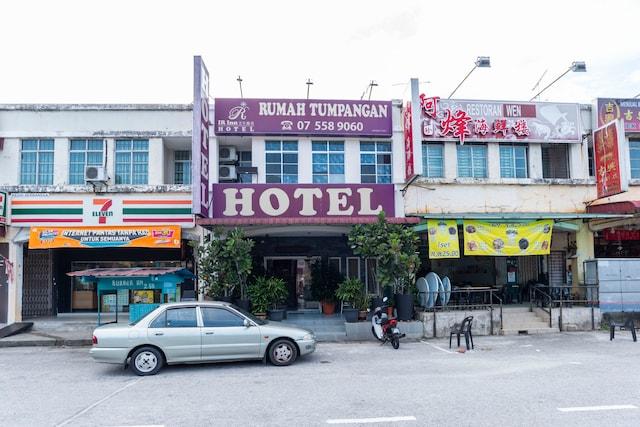 OYO 1125 Ir Inn Hotel