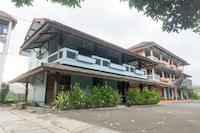 OYO 942 Srikandi Hotel