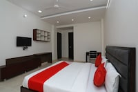 OYO 40625 Star Rooms