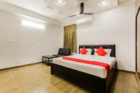 OYO 40630 Sriman Inn