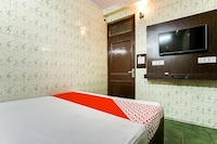 OYO 40670 Hotel Trio Rooms Saver