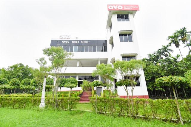 OYO 40730 Green World Resort