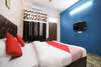 OYO 40733 Dolphin Guest House