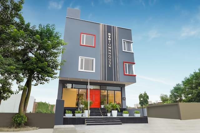 OYO Townhouse 231 Golden Avenue Road