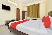 Collection O 40744 Hotel Iram Residency