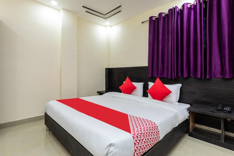 OYO 40756 Hotel Palash House, Kolar Road, Bhopal