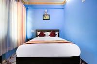 OYO 401 New Star Hotel & Restaurant
