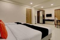 Capital O 40790 Hotel Triveni Suite