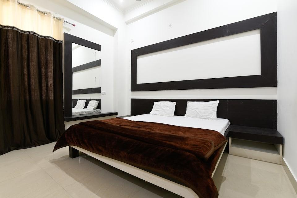 SPOT ON 40817 Mayur Resort