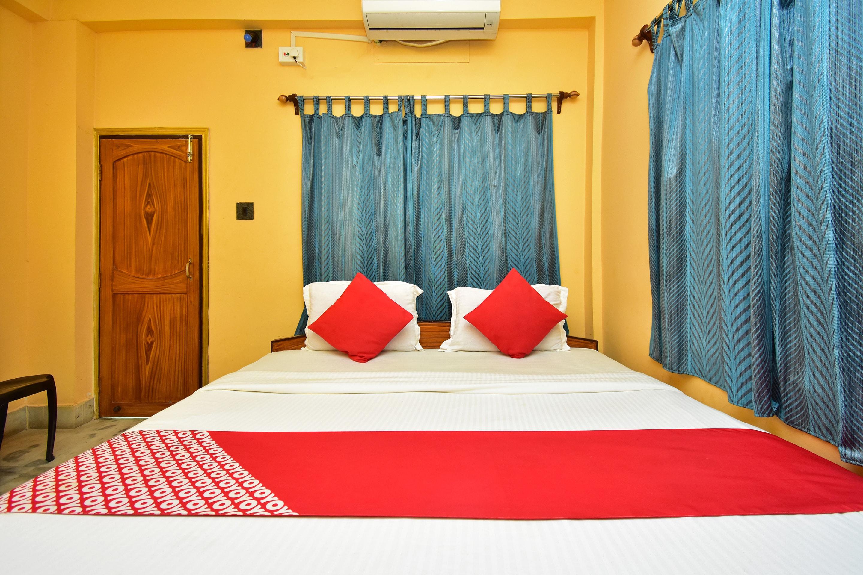 OYO Flagship 40818 Hotel Kahini