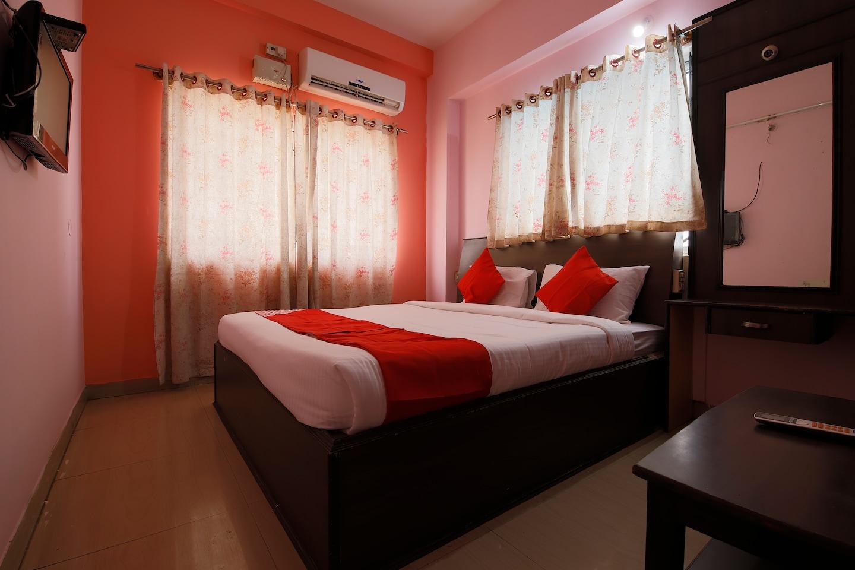 OYO 40825 Jeevan Residency -1