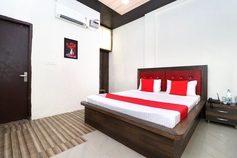 OYO 40853 Hotel Classic -1