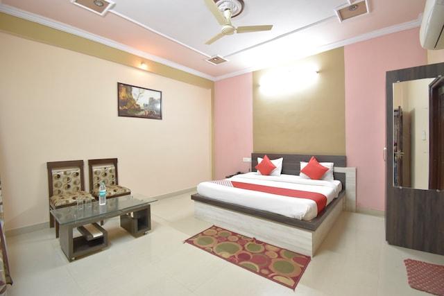 OYO 40860 Hotel Ramaa Inn