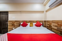 OYO 40865 Aahvanam Guest House