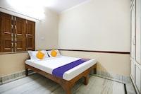 SPOT ON 40879 Hotel Shashi 2