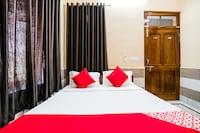 OYO 40880 Hotel Shashi
