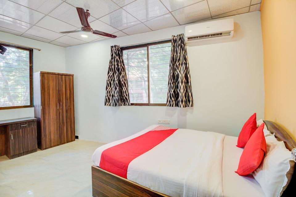 OYO 40902 Anjali Hotel Mumbai, Mumbai International Airport, Mumbai
