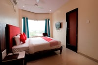 OYO Flagship 40940 Hotel Green City