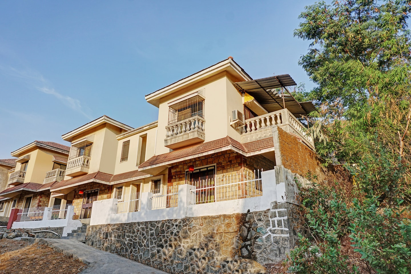 OYO Home 40955  Lakeview Bungalow Lonavala -1