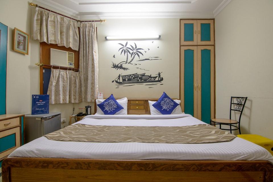 OYO 3829 Hotel Mercury Inn