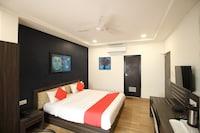OYO Flagship 41002 Hotel Vijay Palace Sws