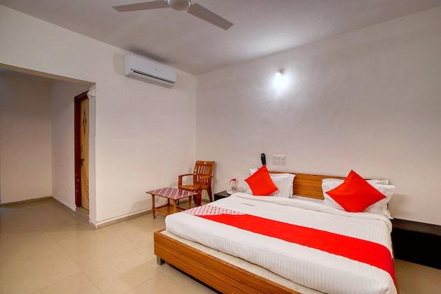 OYO 41073 Hotel Valentino