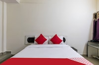 OYO 41086 Hotel Royal Stay