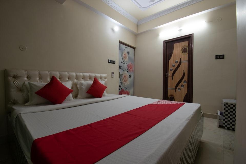 OYO 41166 Hotel Sheetal International