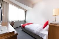 OYO 611 Hotel New Mogamiya