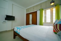 OYO Home 41207 Spacious Stay SEZ Kochi
