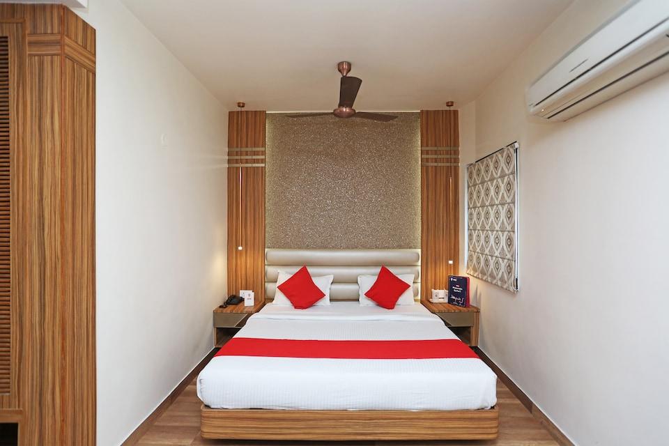 Capital O 3844 Hotel Kd Palace, Kanpur City, Kanpur